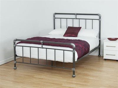 Snuggle Beds Thor 4 Small Double Metal Bed