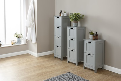 Product photograph showing Colonial 3 Drawer Slim Chest