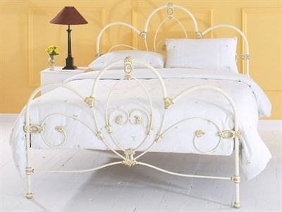 Original Bedstead Co Ballina in Ivory  4 Small Double Glossy Ivory Slatted Bedstead Metal Bed