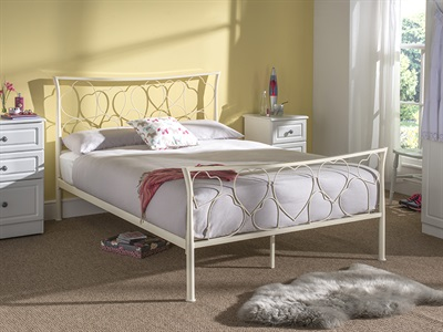Serene Furnishings Chloe 4 6 Double Ivory Metal Bed