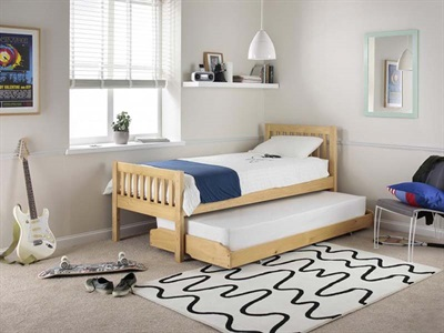 Silentnight Lena Pine Guest Bed 3 Single Pine Guest Bed Stowaway Bed