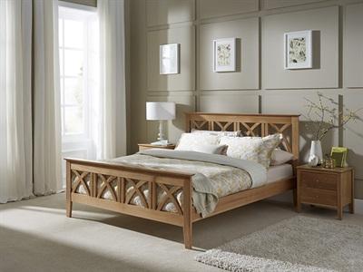 Serene Furnishings Maiden 6 Super King Honey Oak Wooden Bed