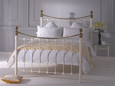 Original Bedstead Co Selkirk in Ivory and Brass 4 Small Double Glossy Ivory & Antique Brass Slatted Bedstead Metal Bed