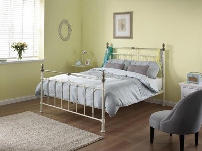 Silentnight Sydney (Cream) 4 6 Double Cream and Brass Metal Bed