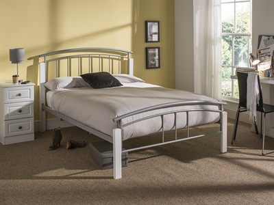 Snuggle Beds Tetras in White 4 6 Double Metal Bed