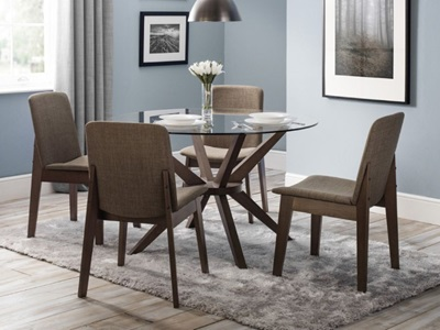 Product photograph showing Chelsea Glass Dining Table 4 Kensington Chairs