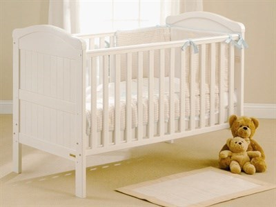 East Coast Nursery Country Cot Bed in White Cot Bed