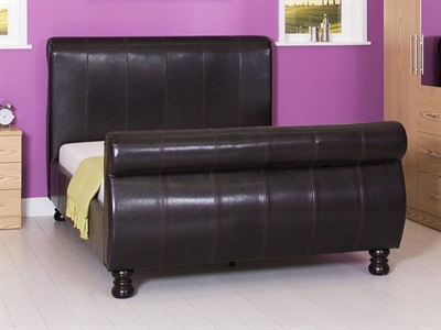 GFW Chicago 4 6 Double Brown Leather Bed