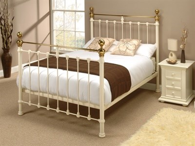 Original Bedstead Co Hamilton in Ivory  3 Single Glossy Ivory & Antique Brass Slatted Bedstead Metal Bed