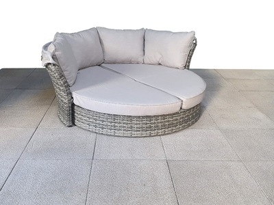 Product photograph showing Lily Daybed - 12mm Half Round Weave