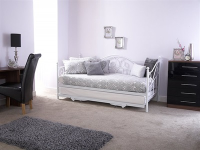GFW Madison 3 Single White Metal Stowaway Bed