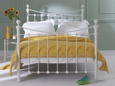 Original Bedstead Co Selkirk in Ivory  4 Small Double Glossy Ivory Slatted Bedstead Metal Bed