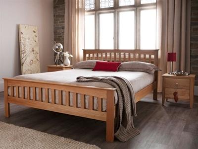 Serene Furnishings Windsor 6 Super King Honey Oak Wooden Bed
