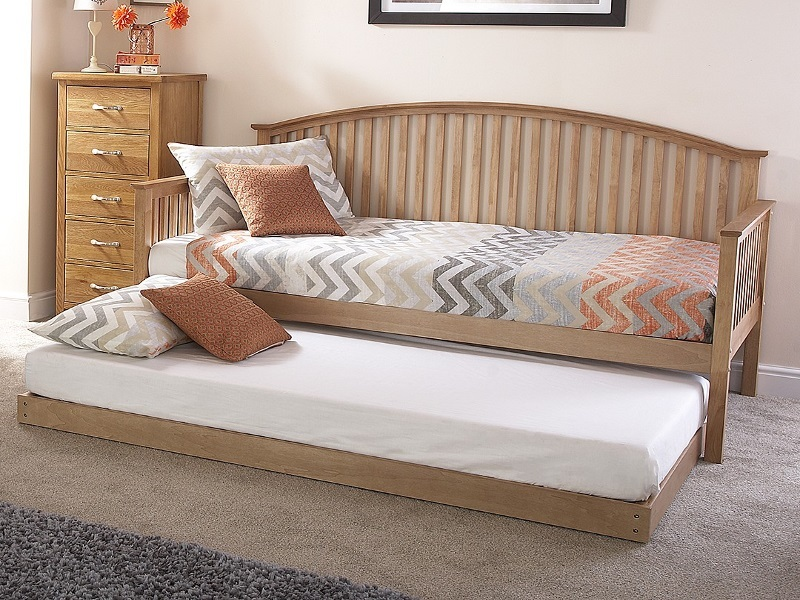 Madrid Wooden Day Bed Main Image