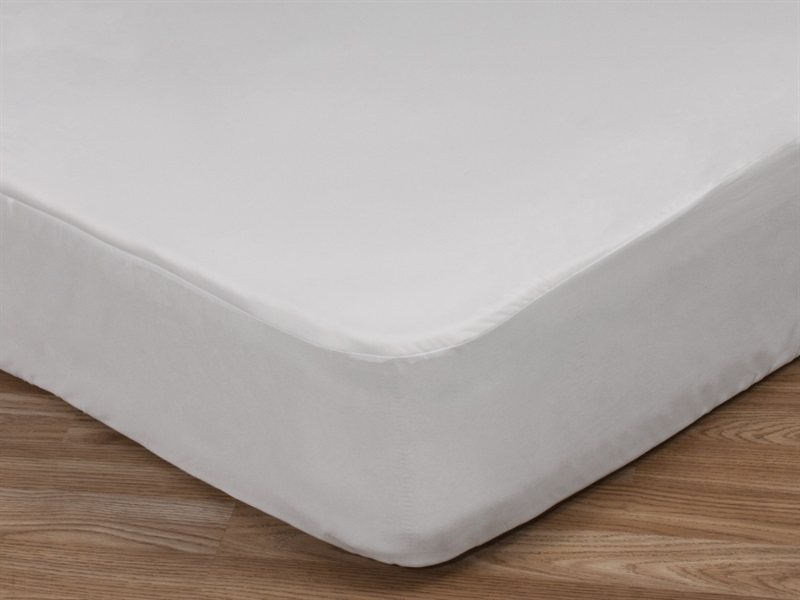 Basic Waterproof Mattress Protector Main Image