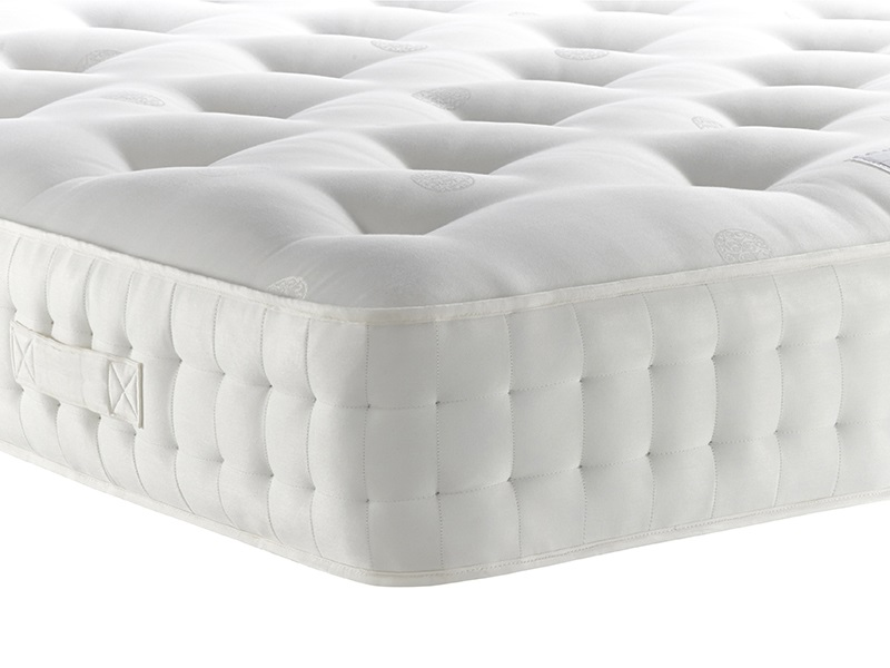 Relyon Chatsworth Medium 5\' King Size Zip And Link Mattress Image0 Image
