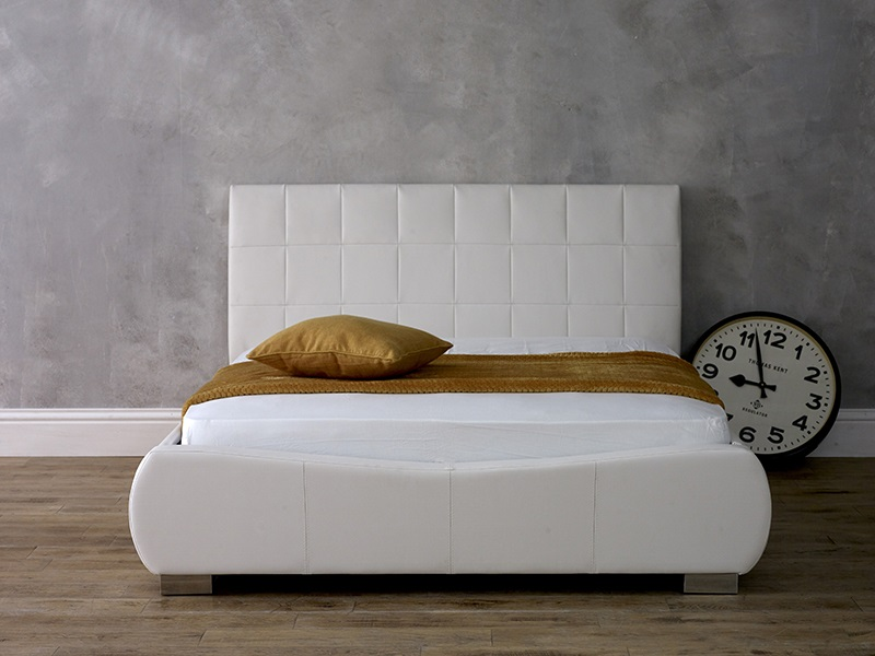 Limelight Dorado White 5\' King Size White Leather Bed Image0 Image