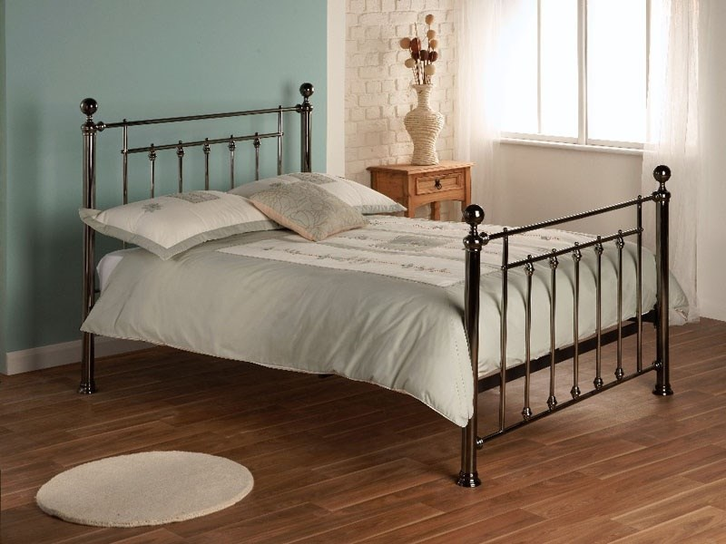 Limelight Libra 4\' 6 Double Black Chrome Metal Bed Image0 Image