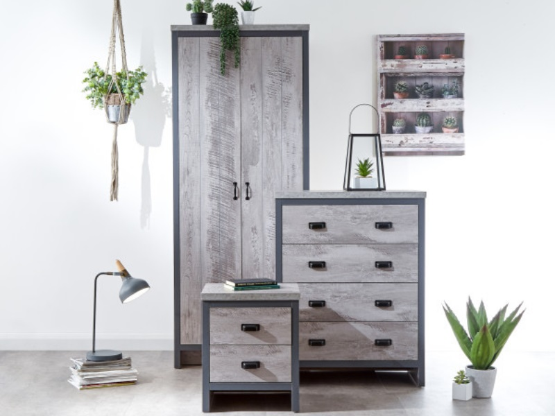 GFW Boston 3 Piece Set Distressed Grey Bedroom Set Image0 Image