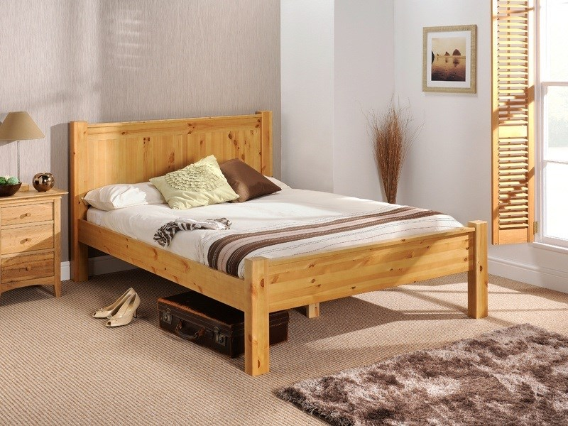 Chesterfield (Solid Pine) Main Image