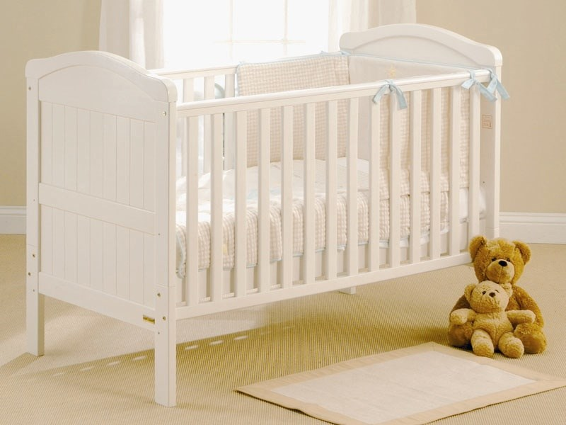 Country Cot Bed in White Main Image