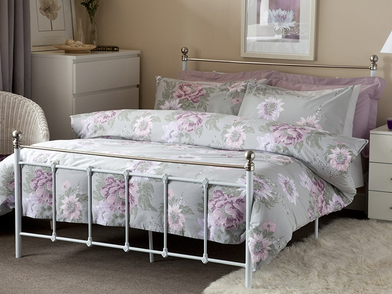 Belledorm Esme Duvet Set in Grey 4\' 6 Double Duvet Cover Image0 Image