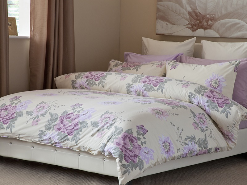 Esme Duvet Set in Ivory Main Image