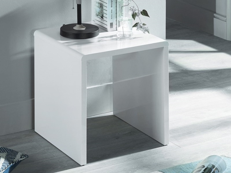 Manhattan High Gloss White Lamp Table Image0 Image
